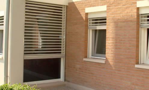 Quartiere Harar Milano - Cambio Rullo Tapparella anche Motorizzata a Milano e Provincia